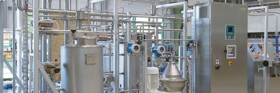 Milchannahme, Milchlabor, Pasteurisierung und Verarbeitung